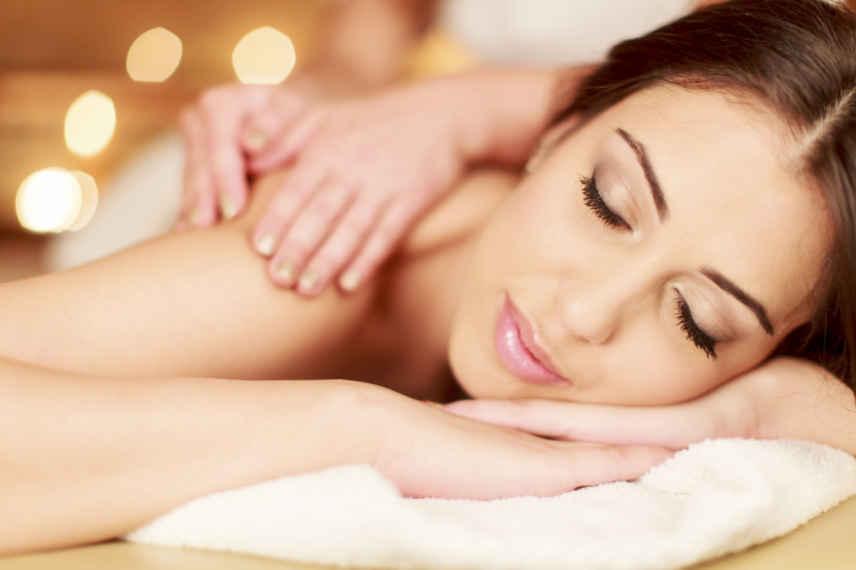 Deep Tissue Massage - Royal Retreat Beauty and spa salon in dubai