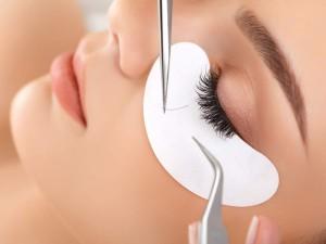 Eyelash Extensions - Royal Retreat Beauty and spa salon in dubai