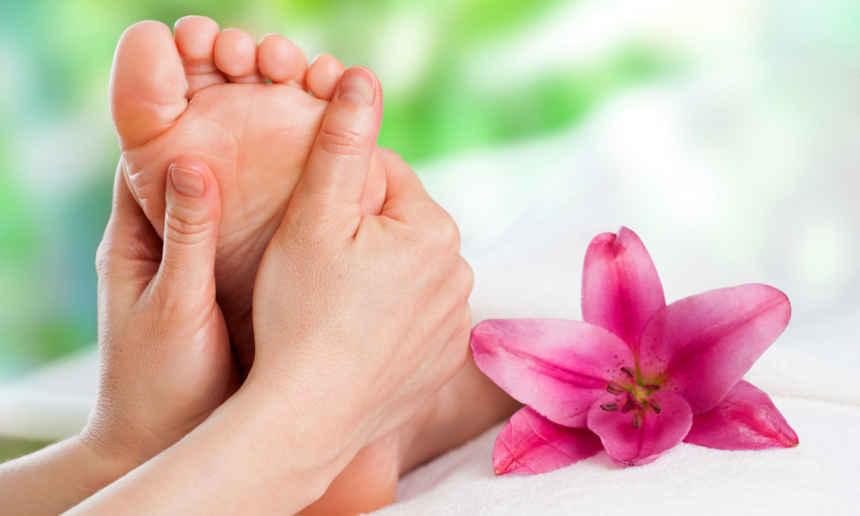 Reflexology Massage - Royal Retreat Beauty and spa salon in dubai